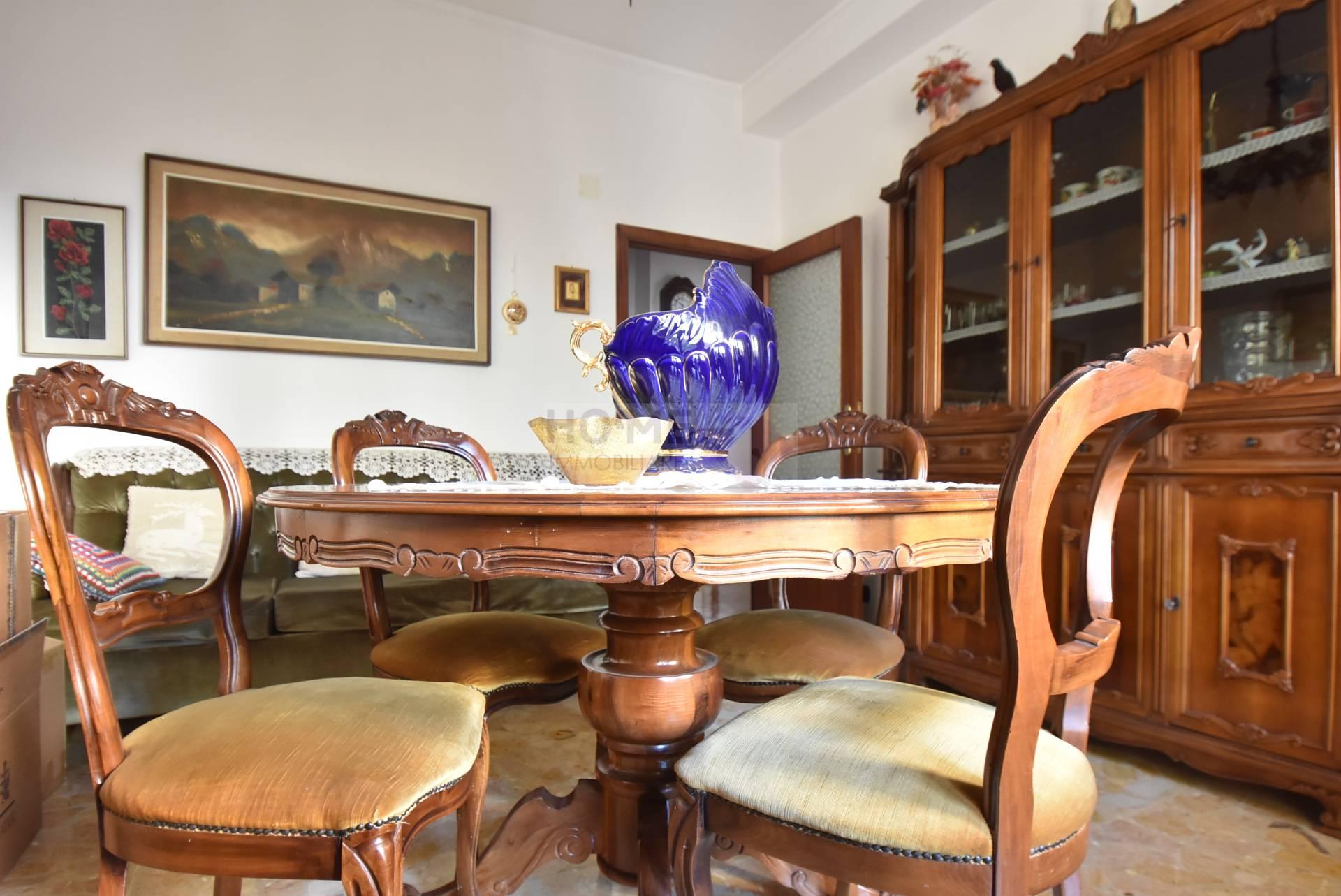 Appartamento in vendita a Macerata, 5 locali, zona Località: zonaColleverde, prezzo € 92.000 | Cambio Casa.it