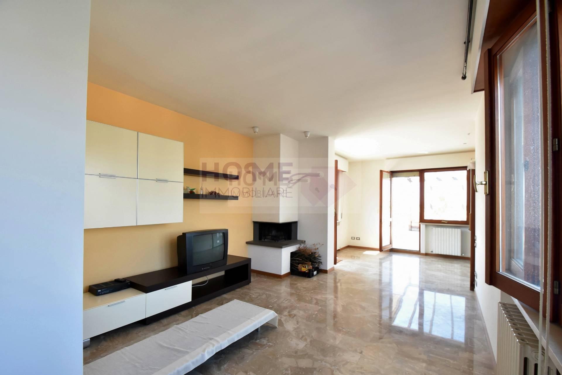 Attico MACERATA vendita  Zona Centrale  Home Immobiliare Srl