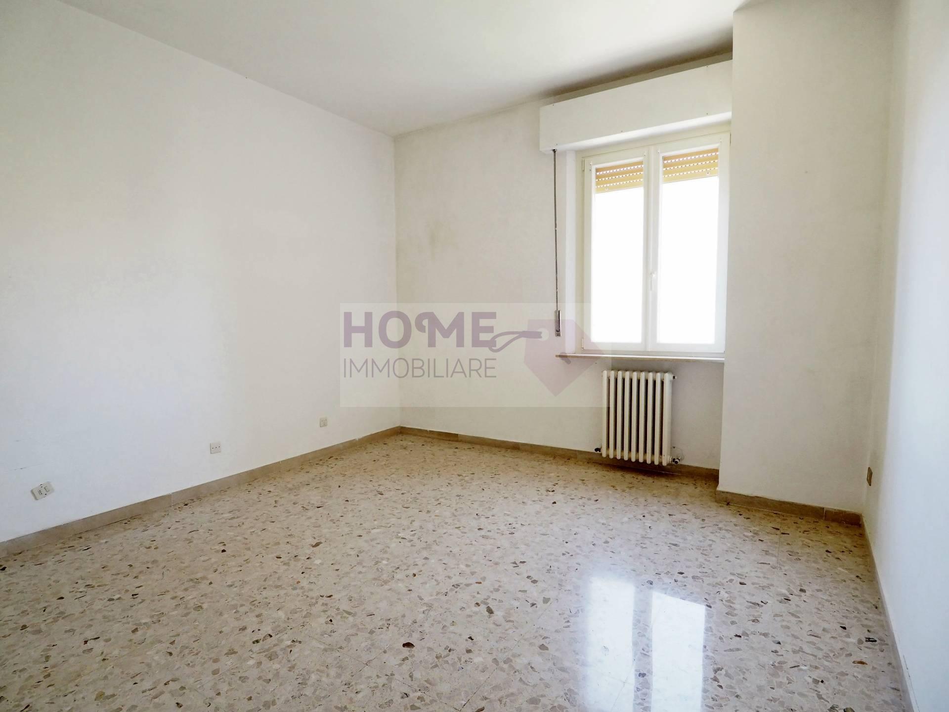 macerata vendita quart: zona via spalato home-immobiliare-snc