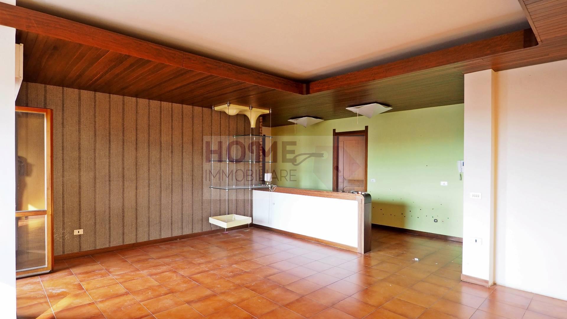 Appartamento MACERATA vendita  Semicentrale  Home Immobiliare Srl