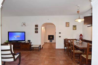 Casa singola in Vendita a Macerata