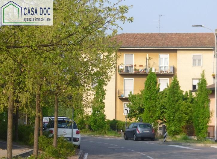 Appartamento in vendita a Siziano, 3 locali, prezzo € 109.000 | Cambio Casa.it
