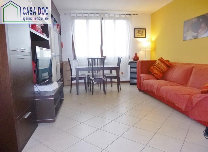 Appartamento in vendita a Siziano, 3 locali, prezzo € 166.000 | Cambio Casa.it