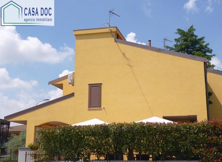 Villa a Schiera in vendita a Siziano, 4 locali, prezzo € 395.000 | Cambio Casa.it