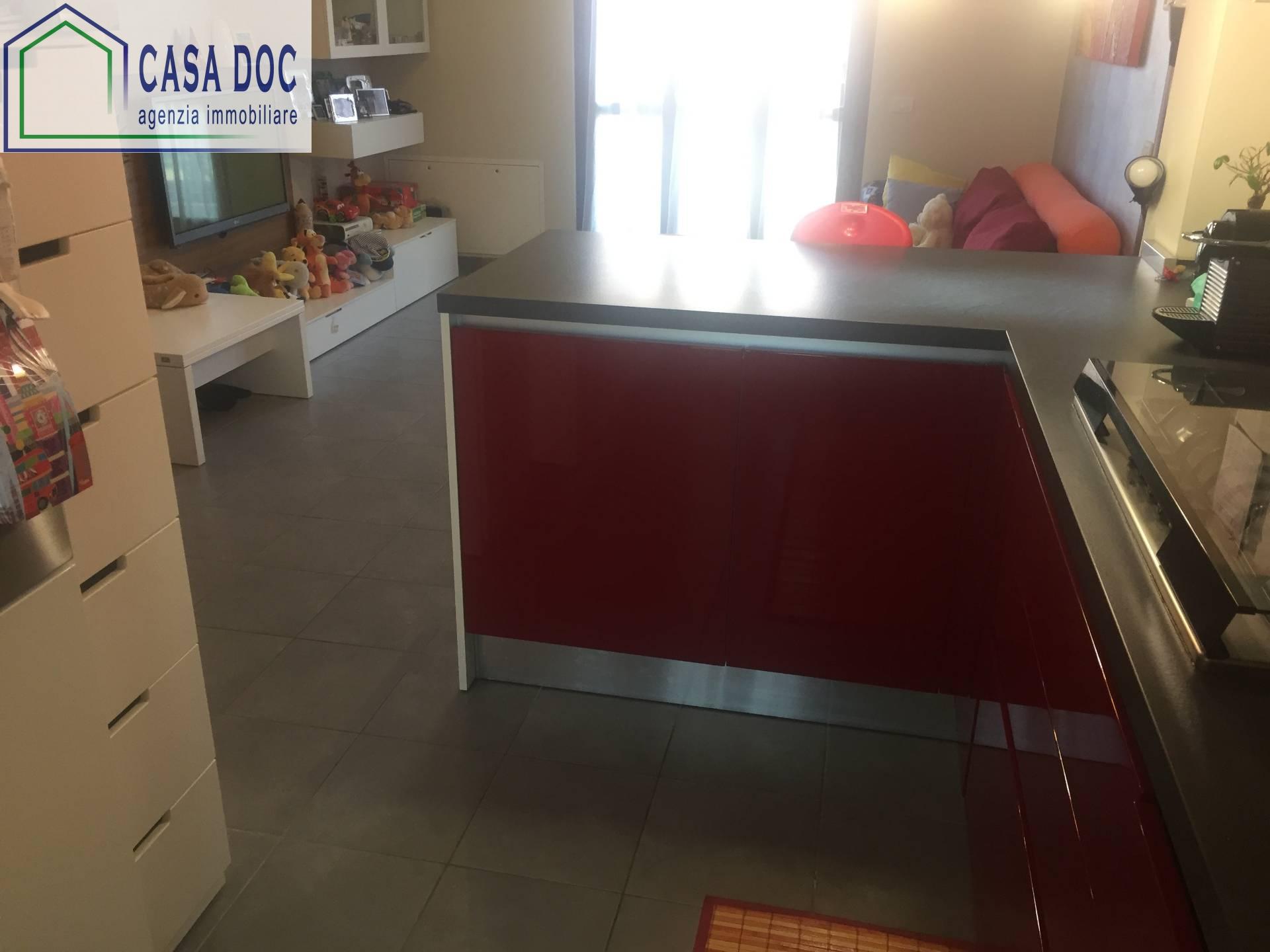 Appartamento in vendita a Siziano, 3 locali, prezzo € 189.000 | Cambio Casa.it