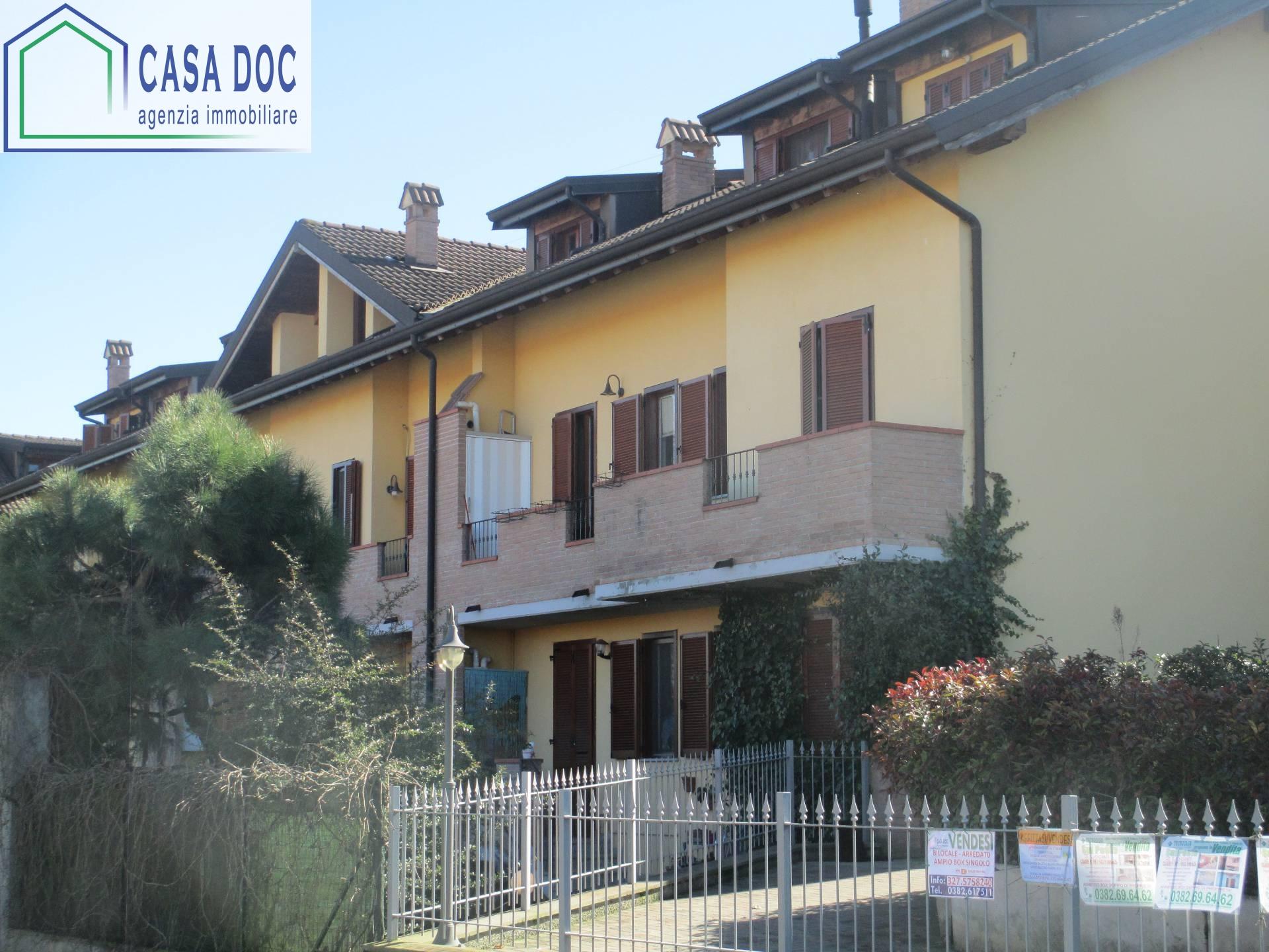 Appartamento in affitto a Vidigulfo, 2 locali, zona Zona: Mandrino, prezzo € 600 | Cambio Casa.it