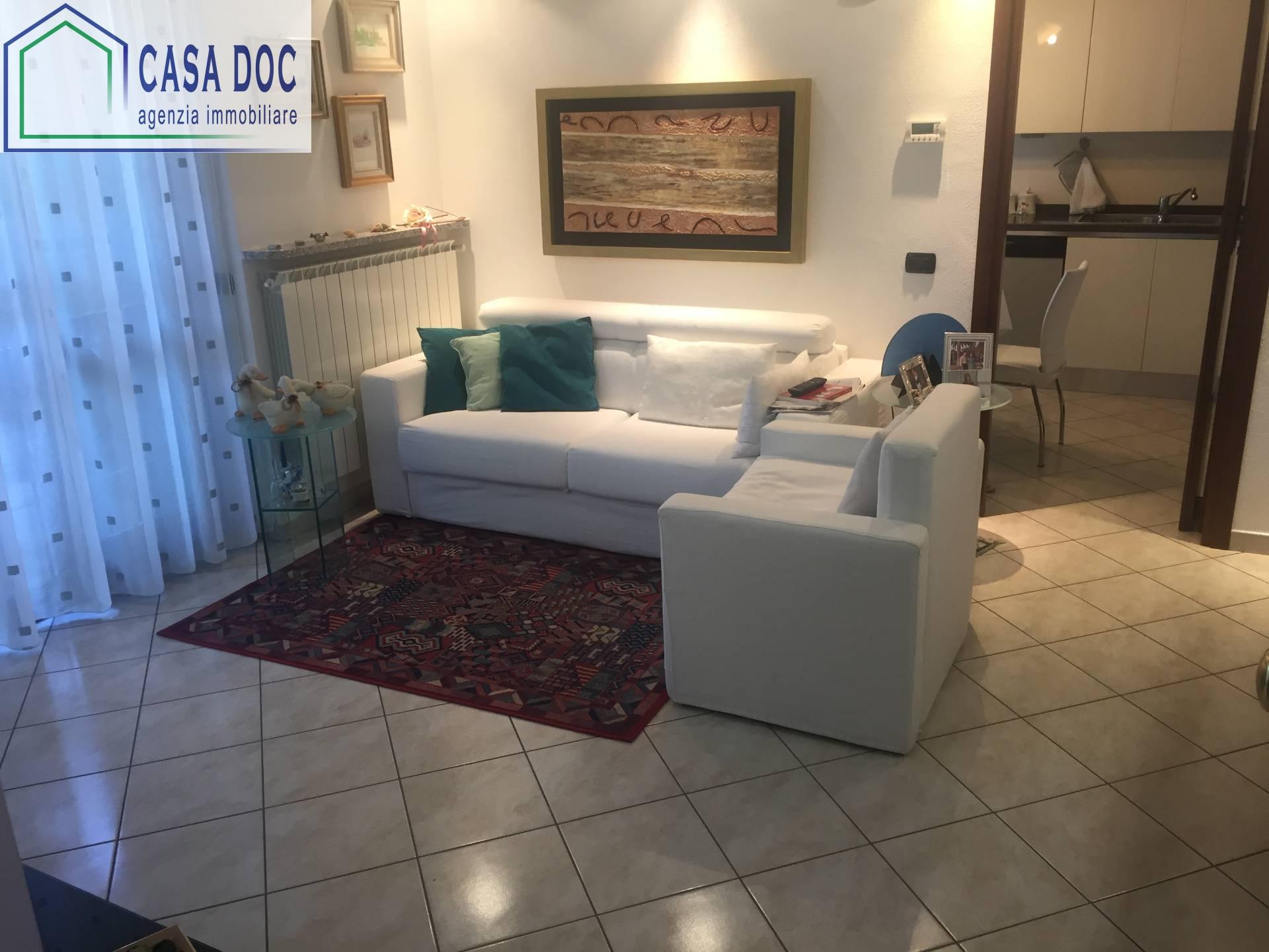 Appartamento in vendita a Zeccone, 3 locali, prezzo € 165.000   Cambio Casa.it