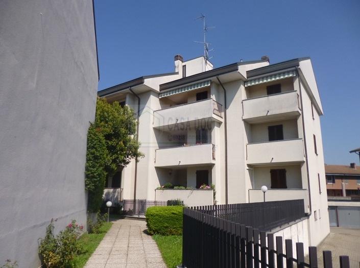 Bilocale vendita siziano via xxv aprile for Planimetrie per case di 1800 piedi quadrati
