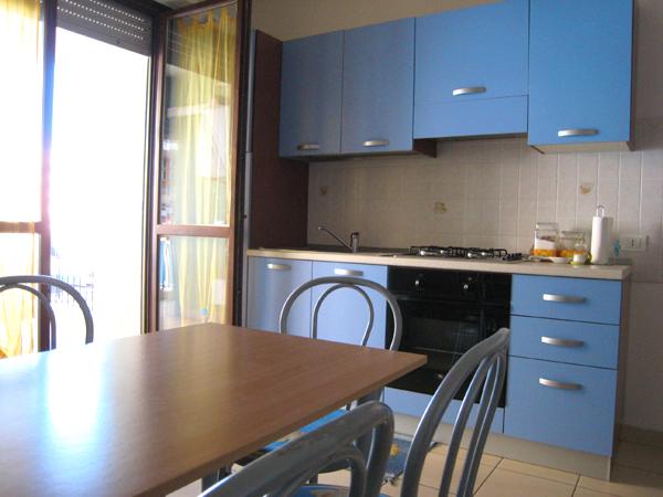 Bilocale Alba Adriatica Via Verona 1