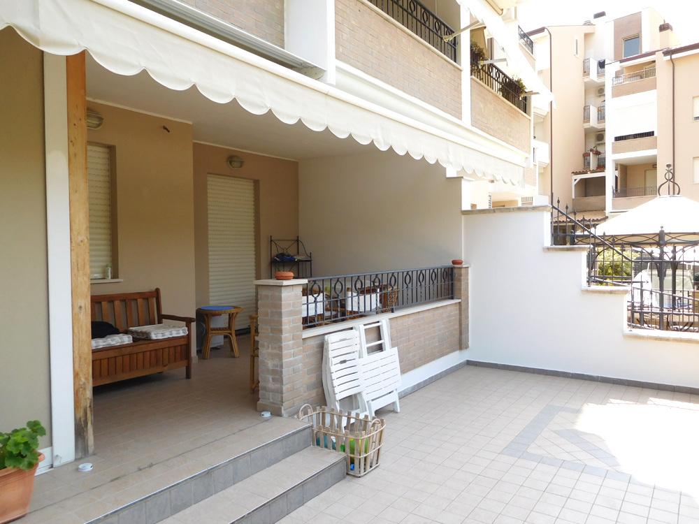 vendita appartamento tortoreto tortoreto lido  110000 euro  3 locali  76 mq