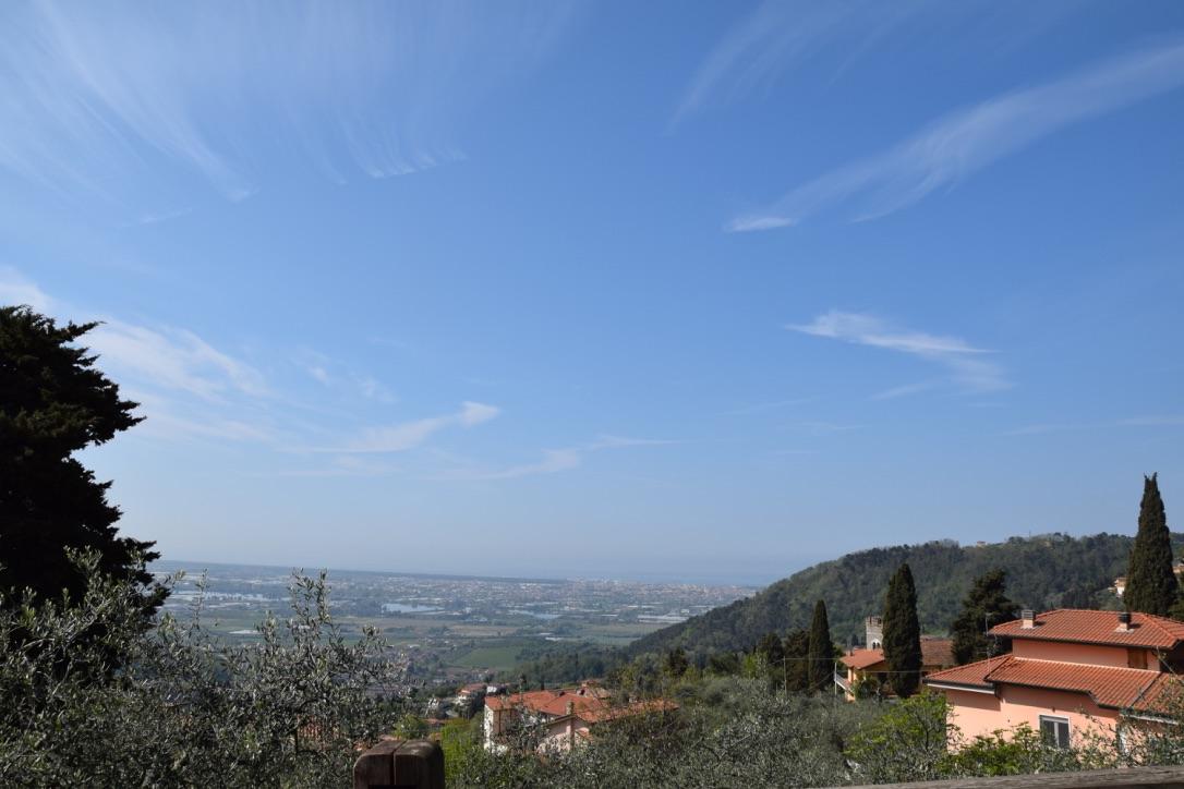 Soluzione Indipendente in vendita a Massarosa, 3 locali, zona Zona: Corsanico, prezzo € 110.000 | Cambio Casa.it
