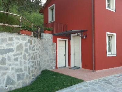 Rustic for Sale to Capannori