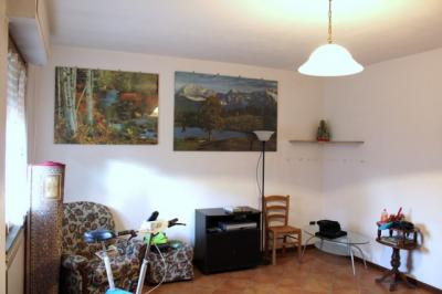Townhouse for Sale to Lucca