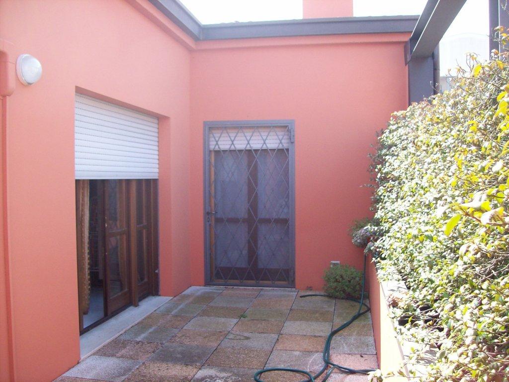 Attico / Mansarda in vendita a Ferrara, 4 locali, zona Località: ViaBologna, prezzo € 154.000   Cambio Casa.it