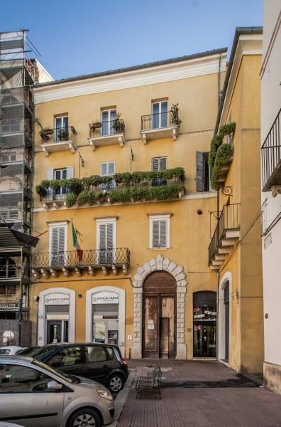 vendita appartamento chieti centro storico  75000 euro  5 locali  95 mq