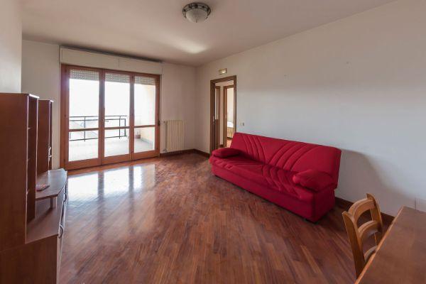 Appartamento in vendita a Chieti, 4 locali, zona feria, prezzo € 119.000 | PortaleAgenzieImmobiliari.it