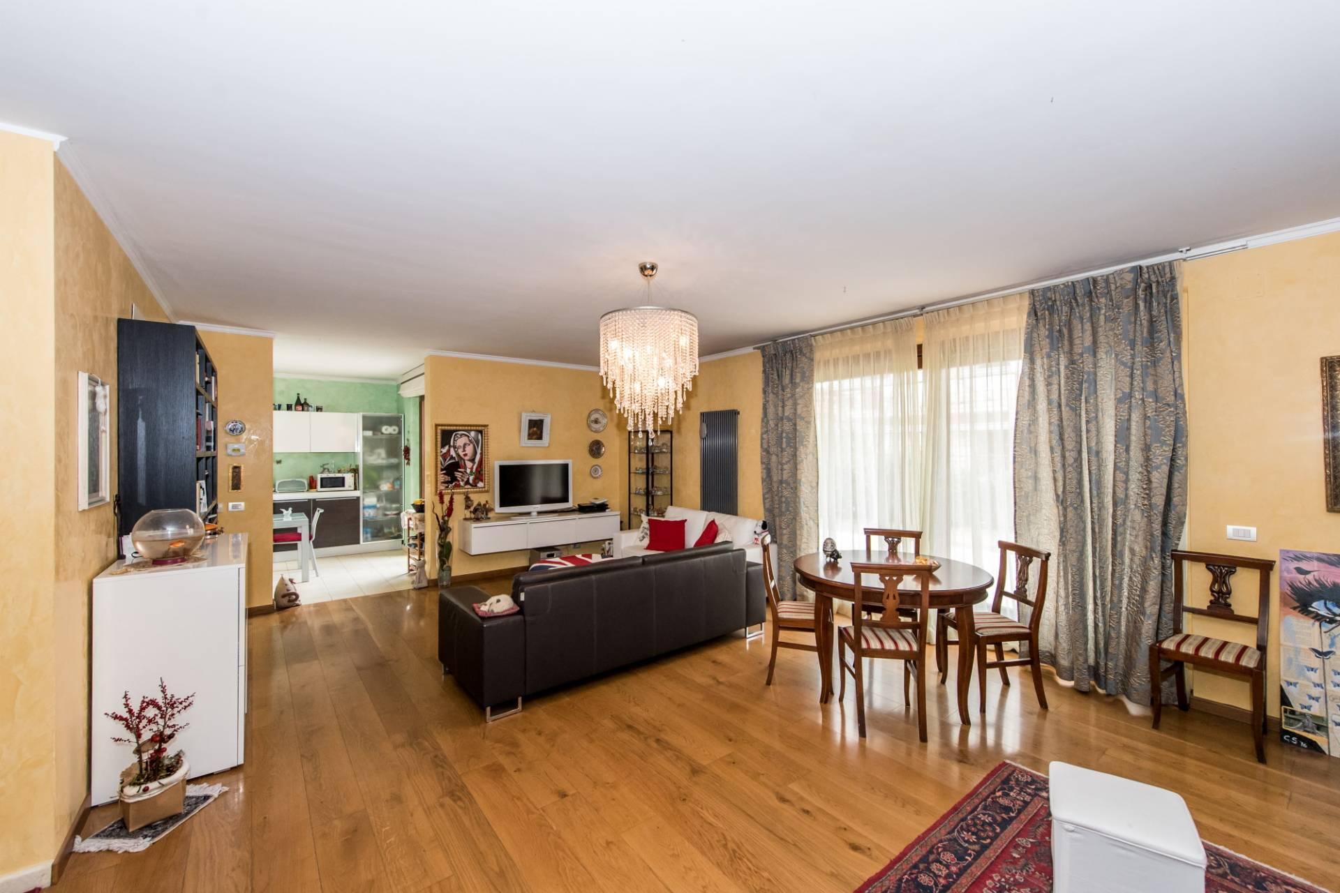 Villa in vendita a Chieti, 9 locali, zona Zona: Stazione, prezzo € 410.000 | Cambio Casa.it