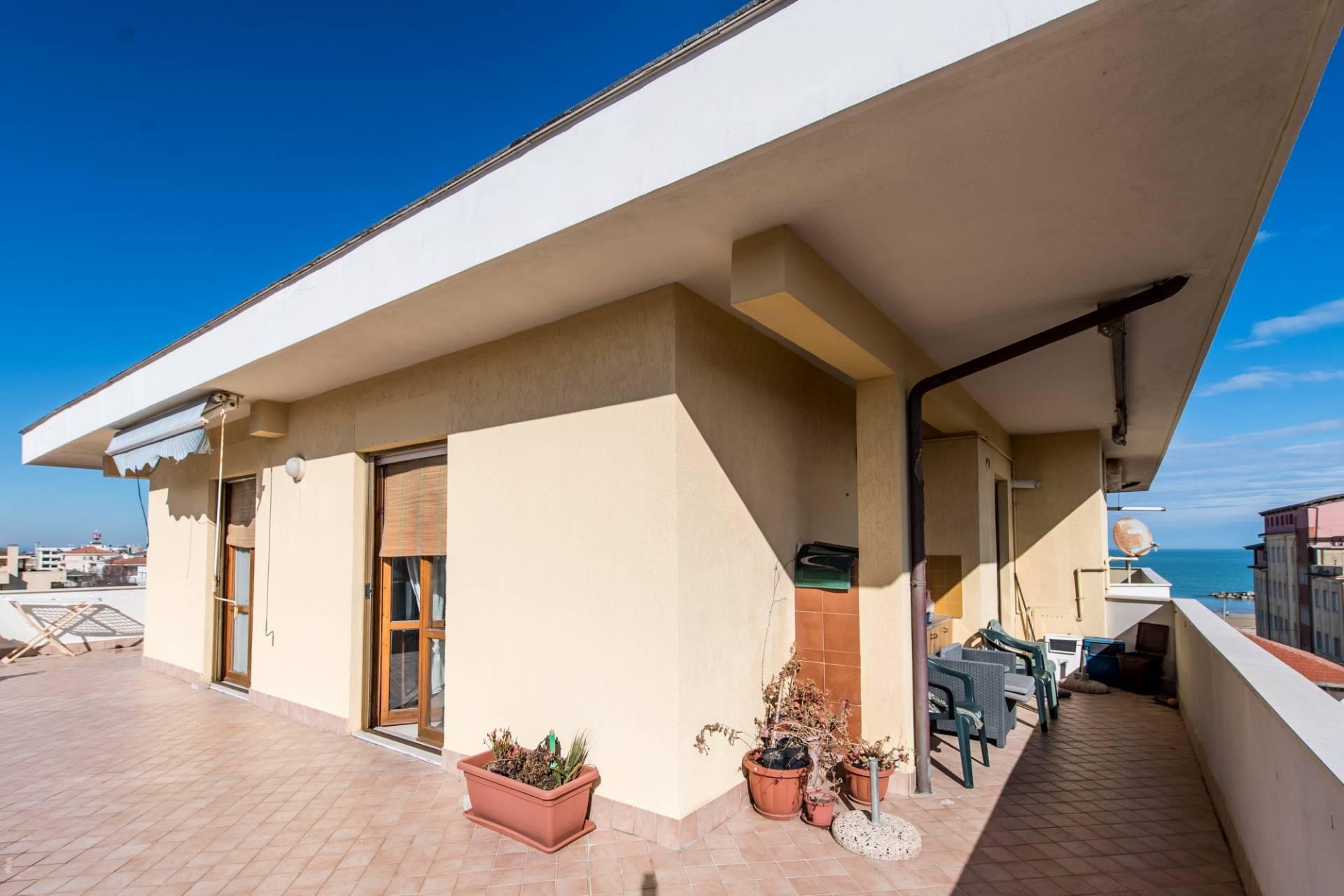 Appartamento in affitto a Francavilla al Mare, 4 locali, prezzo € 160.000 | Cambio Casa.it