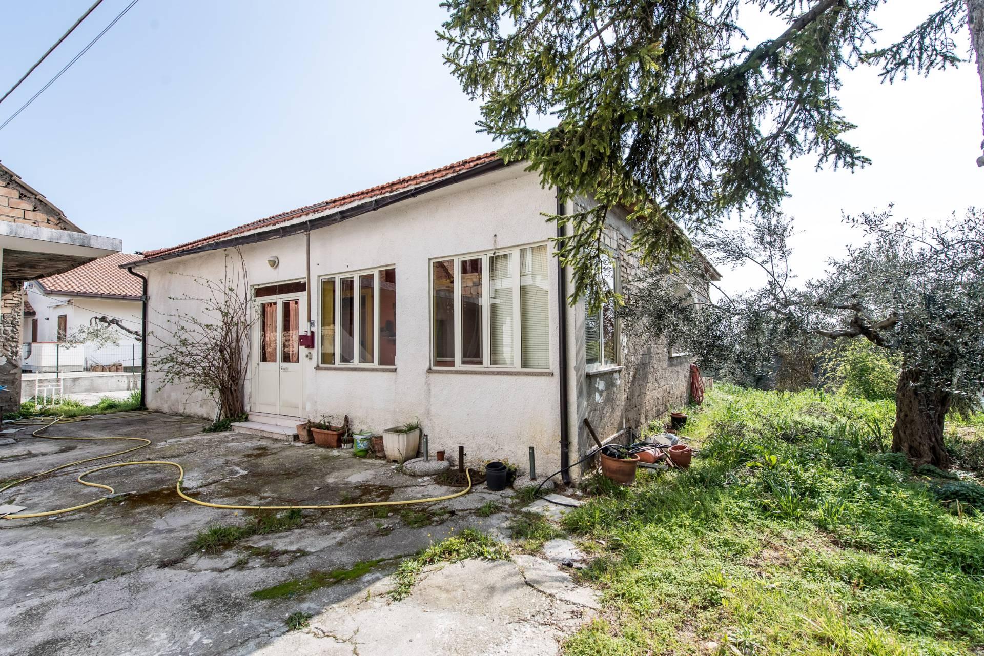 Soluzione Indipendente in vendita a Torrevecchia Teatina, 5 locali, prezzo € 112.000 | Cambio Casa.it