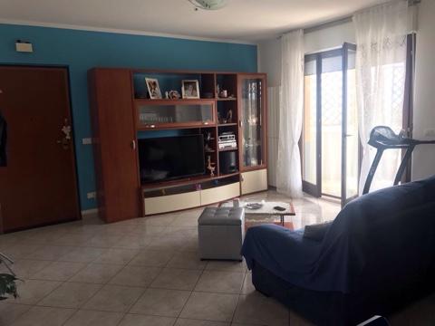 Appartamento in vendita a Torrevecchia Teatina, 5 locali, prezzo € 155.000 | Cambio Casa.it