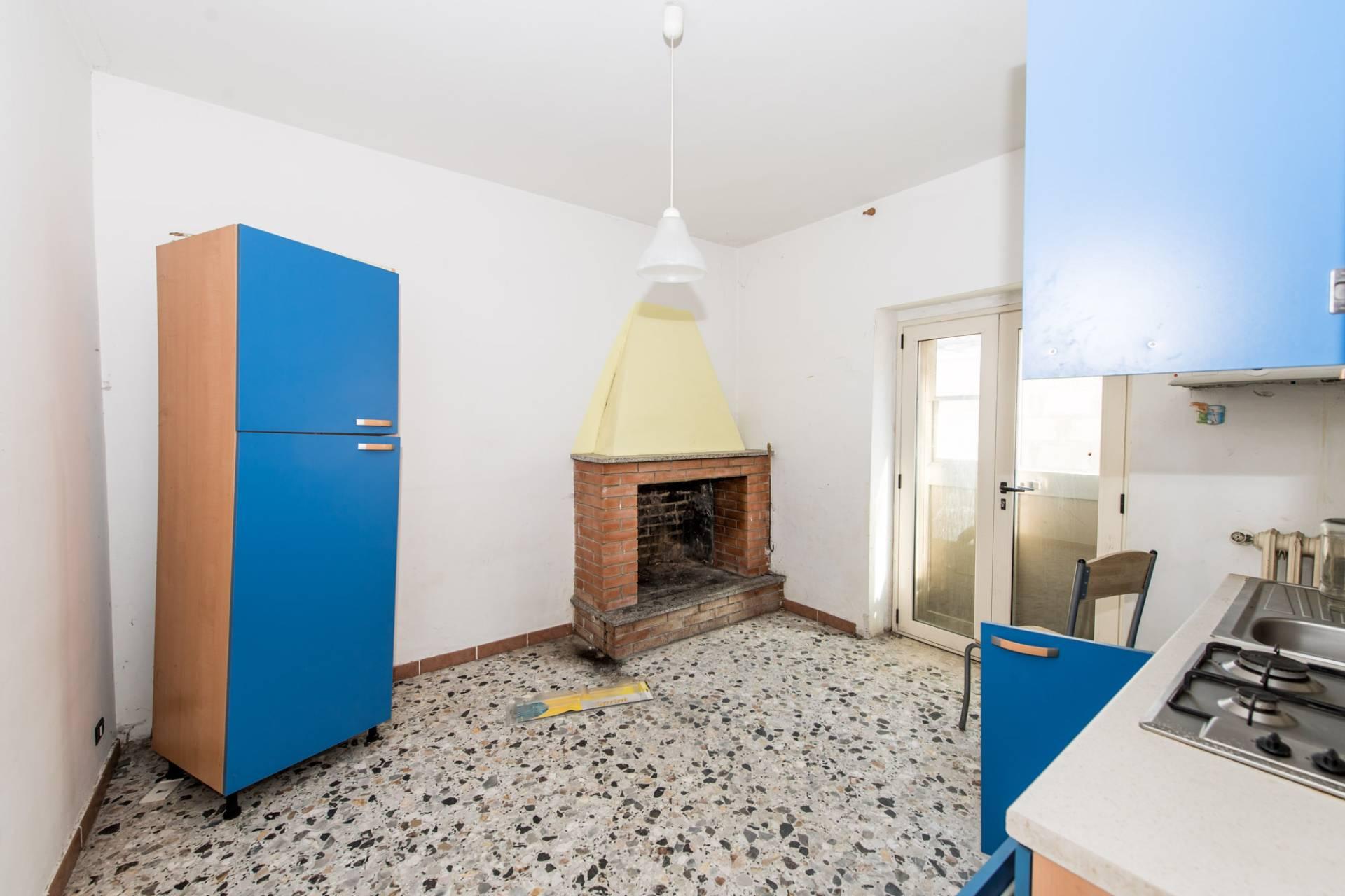 Appartamento in vendita a Ortona, 5 locali, prezzo € 112.000 | CambioCasa.it