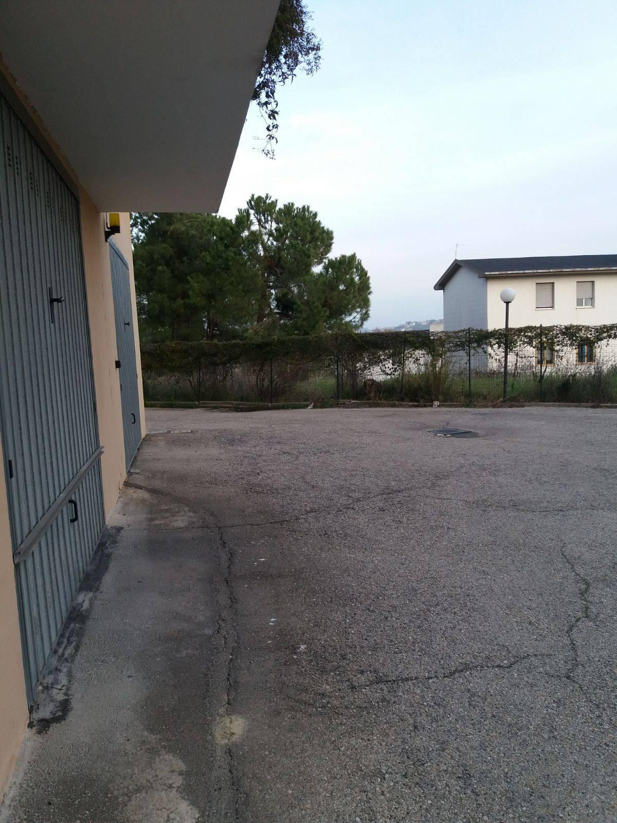 Garage/Box/Posto auto in vendita a Chieti (CH)