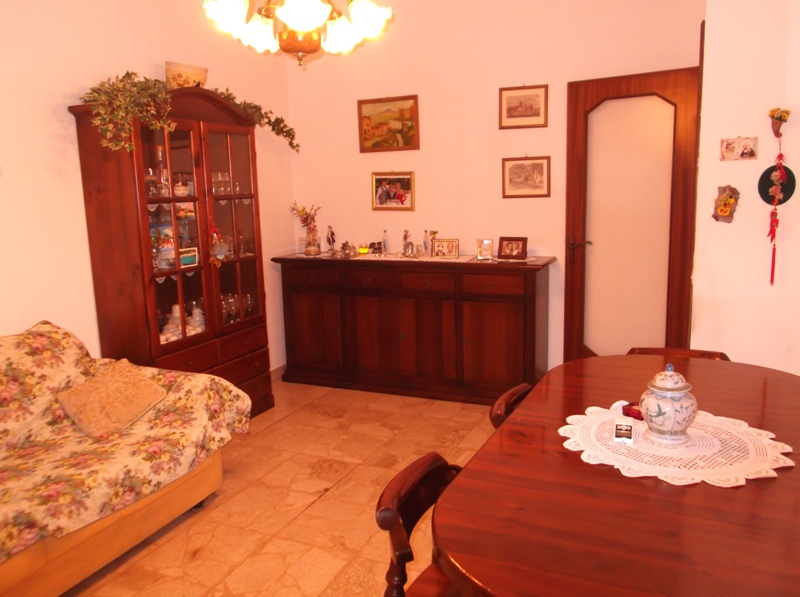 Appartamento in vendita a Fiorenzuola d'Arda, 2 locali, prezzo € 59.000 | Cambio Casa.it