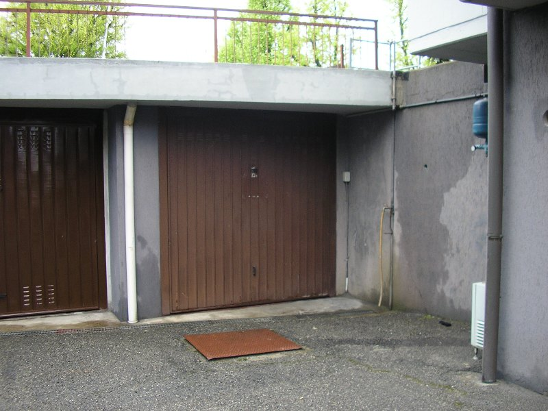 Box / Garage in vendita a Cadeo, 1 locali, zona Zona: Roveleto, prezzo € 11.000 | CambioCasa.it