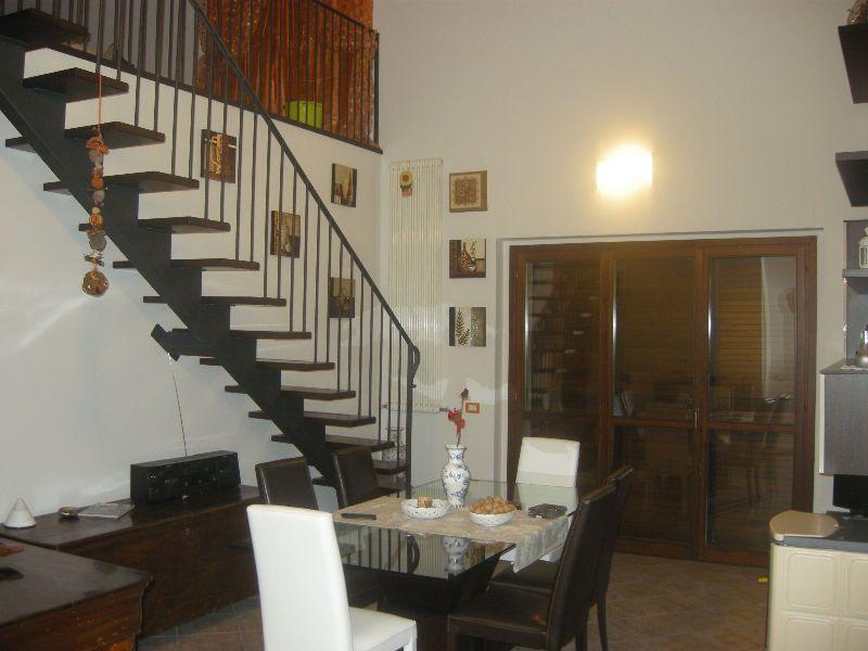 Appartamento in vendita a Fiorenzuola d'Arda, 5 locali, prezzo € 280.000 | Cambio Casa.it