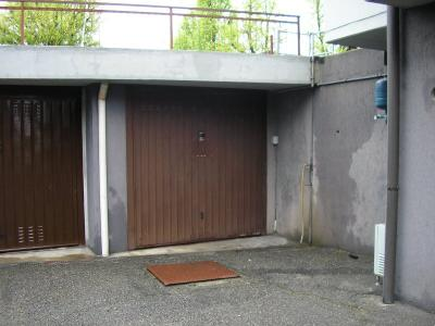 Garage in Vendita a Cadeo