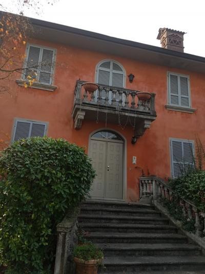 Villa in Vendita a Cadeo