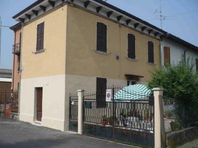 Casa semindipendente in Vendita a Fiorenzuola d'Arda