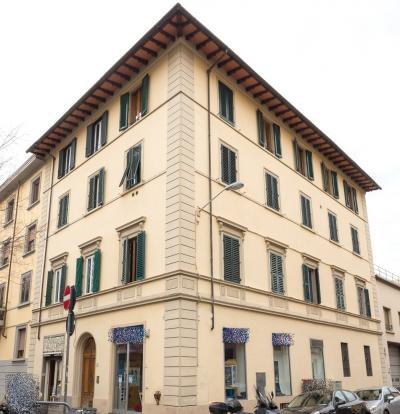 Vai alla scheda: Appartamento Vendita - Firenze (FI) | Campo di marte - Codice -2-RV066A