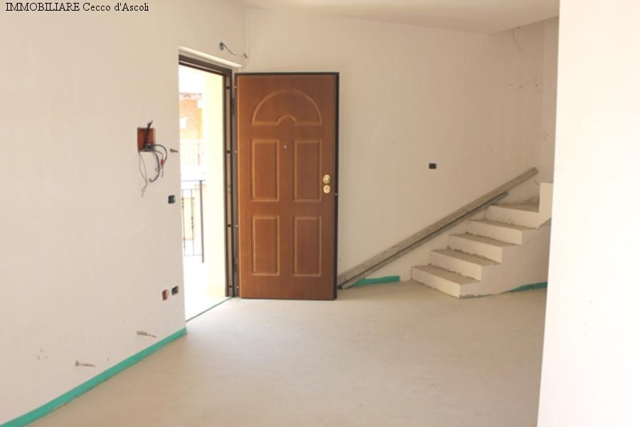Appartamento in vendita a Ascoli Piceno, 4 locali, zona Località: PortaMaggiore, prezzo € 269.000 | Cambio Casa.it