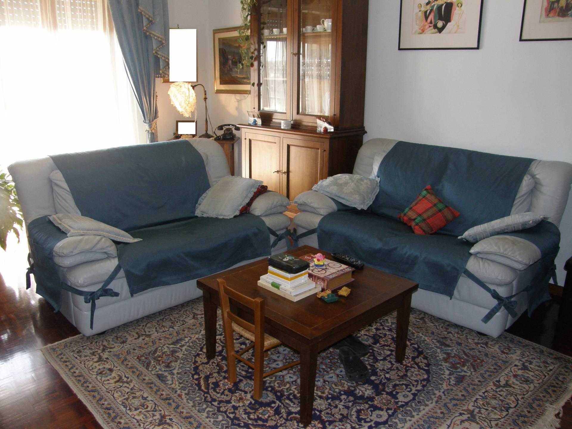 Appartamento in vendita a Ascoli Piceno, 7 locali, prezzo € 140.000 | Cambio Casa.it