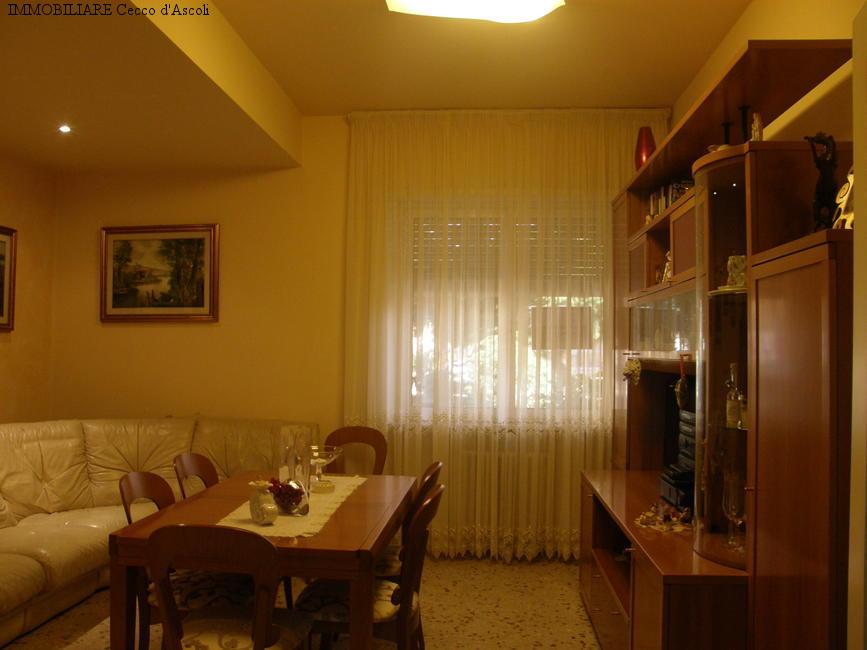 Appartamento in vendita a Ascoli Piceno, 5 locali, prezzo € 106.000   Cambio Casa.it