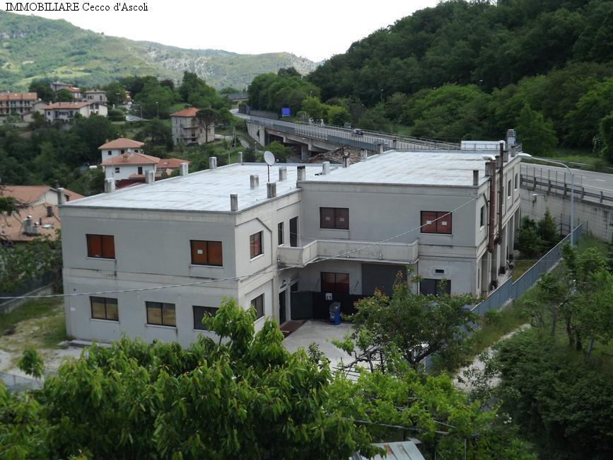 Negozio / Locale in vendita a Acquasanta Terme, 9999 locali, prezzo € 490.000   CambioCasa.it