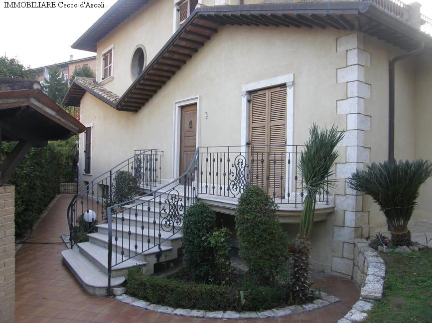 Villa in vendita a Folignano (AP)
