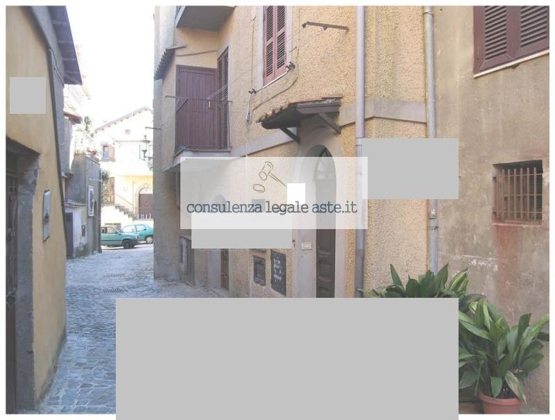 Bilocale Rocca di Papa Via Mazzini 1