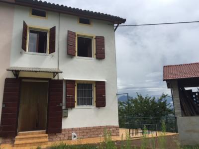 Casa singola in Vendita a Lentiai