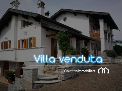 Villa in Vendita a San Gregorio nelle Alpi
