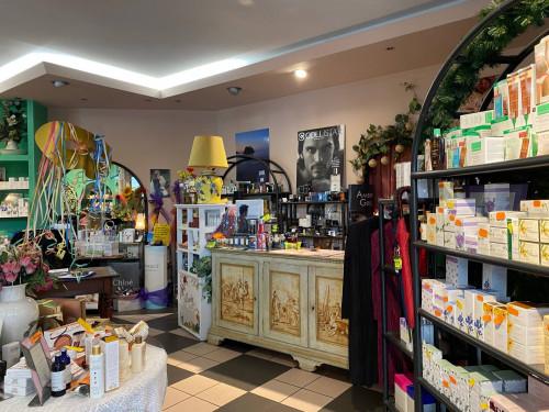Locale commerciale in Vendita a Borgo Valbelluna