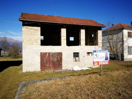 Rustico in Vendita a Borgo Valbelluna