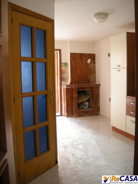 Appartamento in vendita a Montecorvino Rovella, 2 locali, zona Località: SanMartino, prezzo € 27.000 | Cambio Casa.it