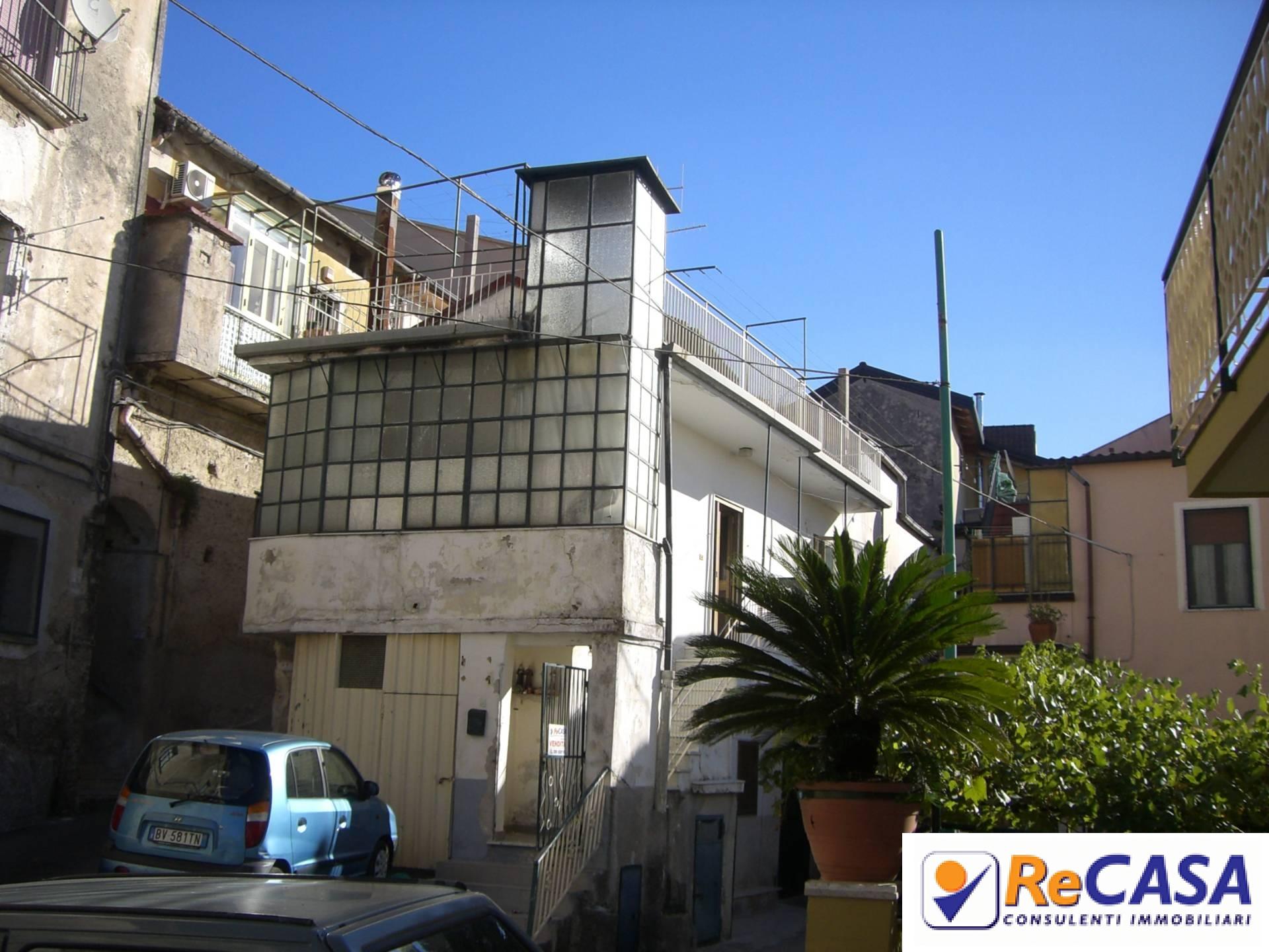 Soluzione Semindipendente in Vendita a Montecorvino Rovella