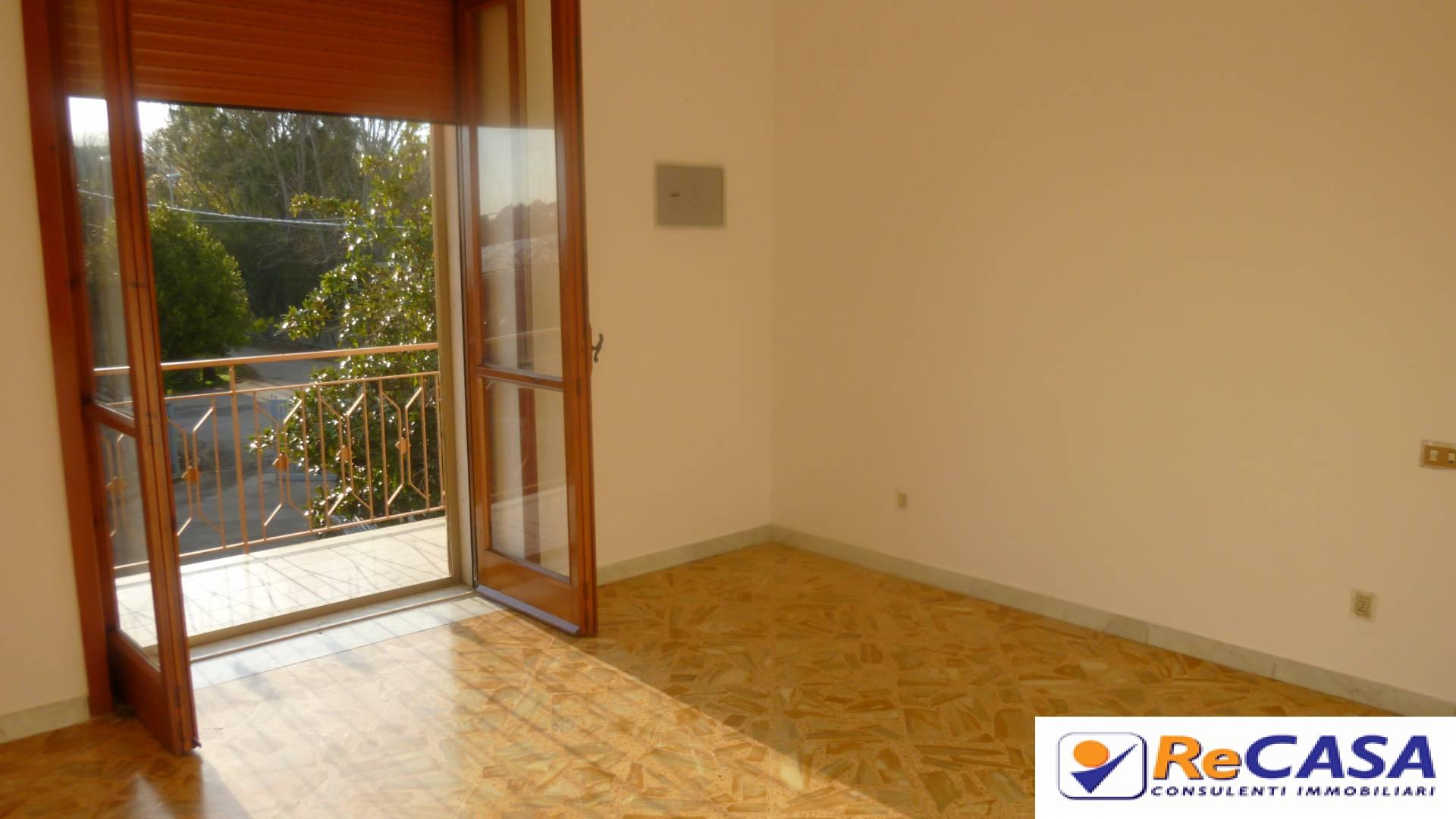 Appartamento in affitto a Pontecagnano Faiano, 3 locali, prezzo € 350 | Cambio Casa.it