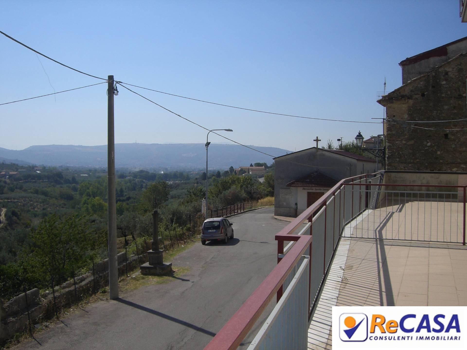 Appartamento in affitto a Montecorvino Rovella, 3 locali, zona Località: SanMartino, prezzo € 370   Cambio Casa.it