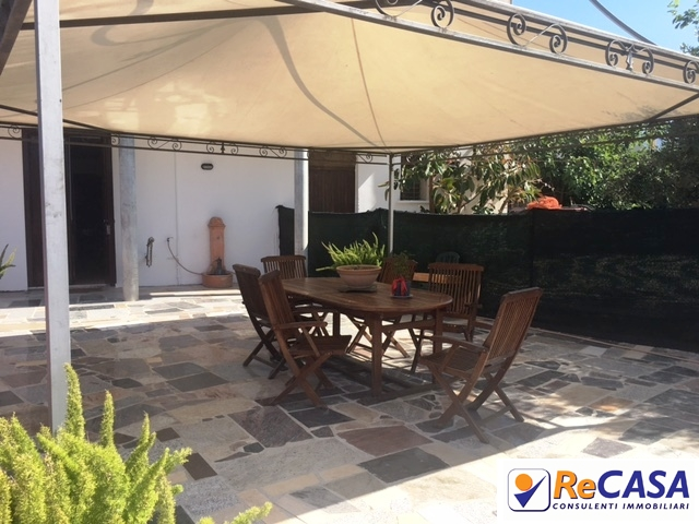 Soluzione Indipendente in vendita a Montecorvino Rovella, 6 locali, zona Zona: Macchia, prezzo € 189.000 | Cambio Casa.it