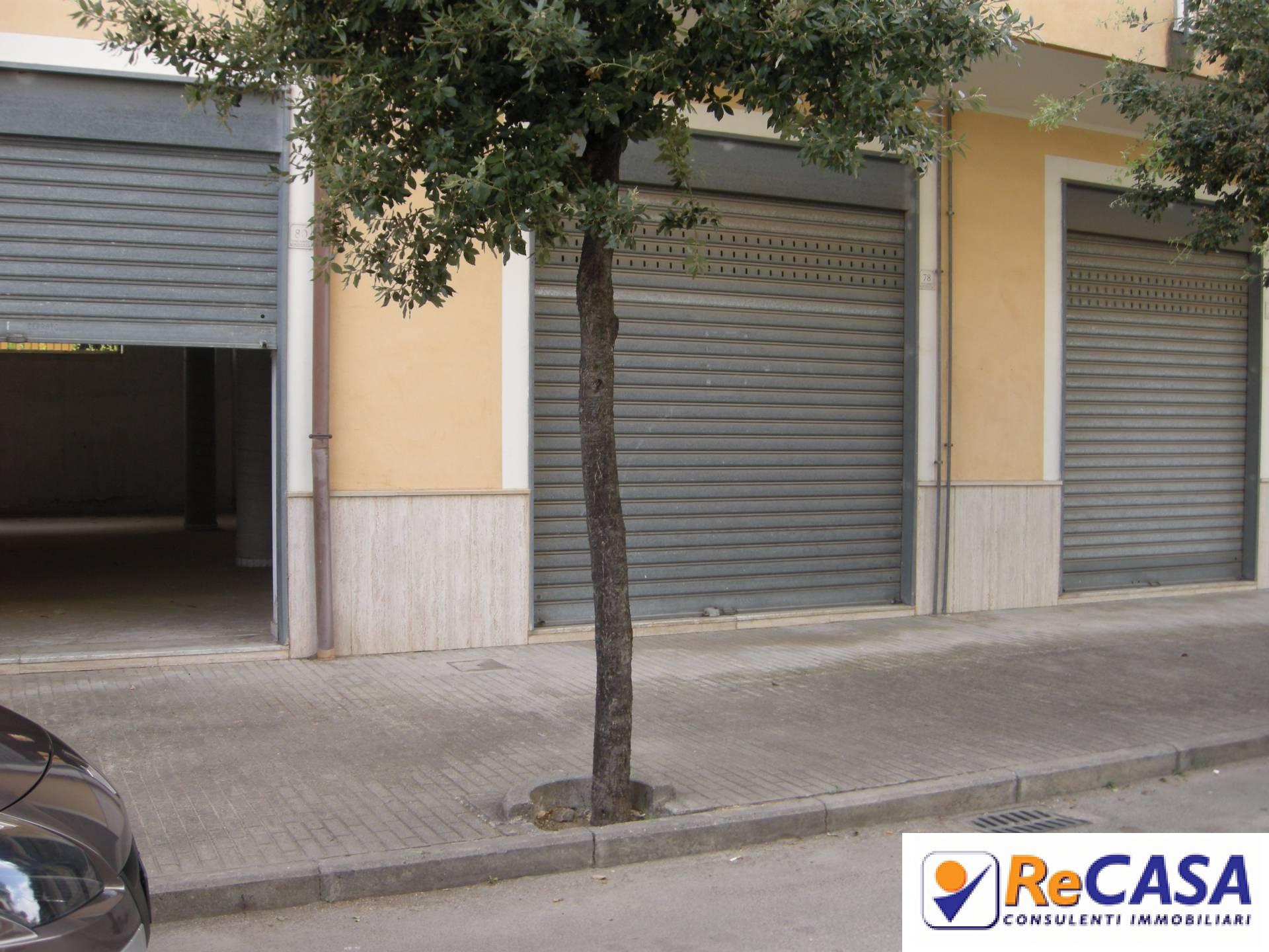 Magazzino in affitto a Bellizzi, 9999 locali, zona Località: Centro, prezzo € 950 | CambioCasa.it