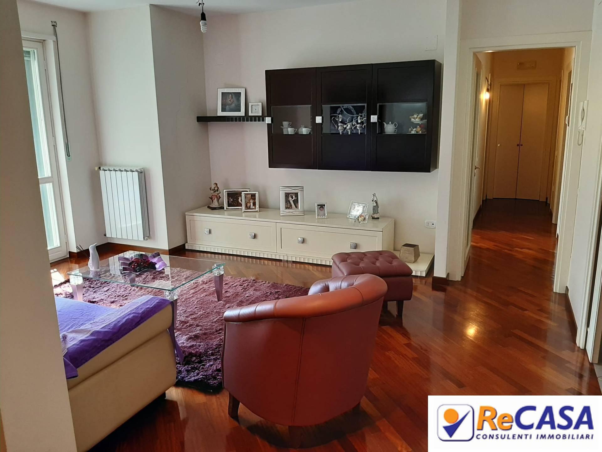 Appartamento in vendita a Montecorvino Pugliano, 4 locali, zona Località: BivioPratole, prezzo € 239.000 | CambioCasa.it